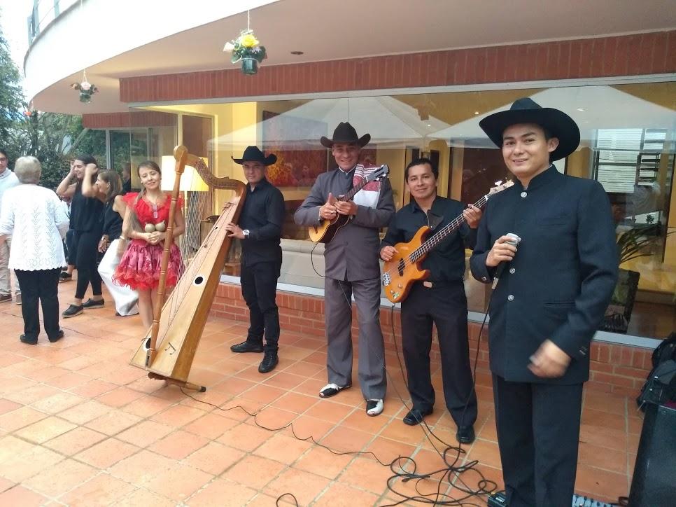 grupo llanero Bogotá Serenatas Llaneras